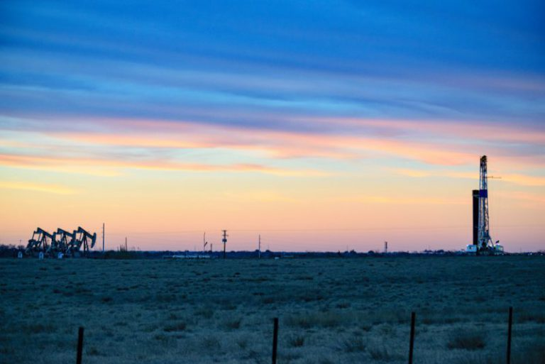 Electric Companies In Texas >> ExxonMobil, Plains All American agree to joint pipeline in Permian basin - Daily Energy Insider
