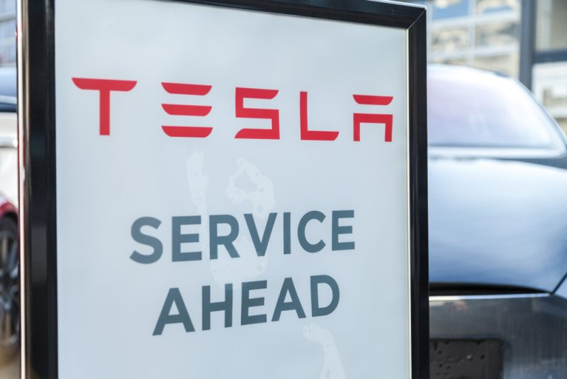Florida Public Service Commission Says Tesla Can Offer